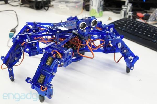 Hexy: hands-on with the adorable, affordable hexapod (video)