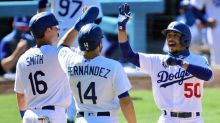 Dodgers erupt late to beat Giants