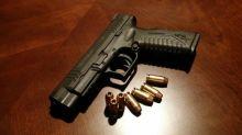 États-Unis: un enfant de trois ans meurt en manipulant une arme pendant son anniversaire