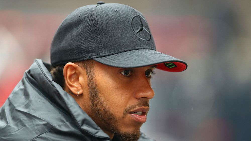 Hamilton and Vettel at odds over tyre test's importance