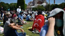 Erstes Freitagsgebet in Hagia Sophia nach Umwandlung in Moschee