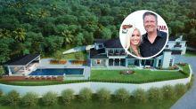 Gwen Stefani, Blake Shelton Buy $13 Million Encino Mansion