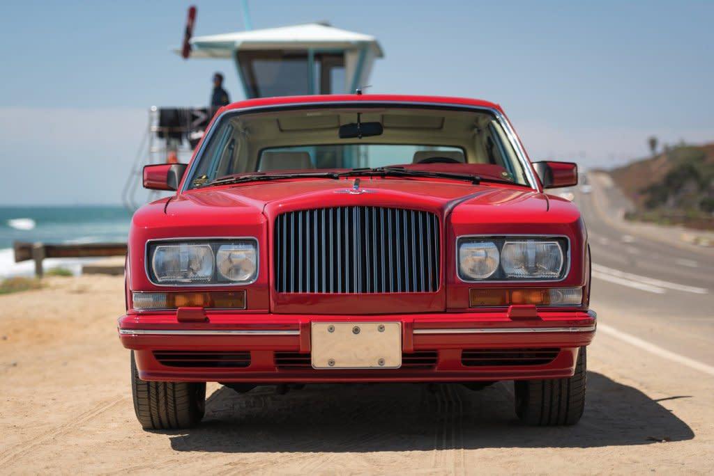 90年代最熱血!客製化BENTLEY Empress II Coupe確定現身RM Sothe