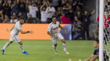 Vela's magic highlights another LAFC rout of Earthquakes (video)