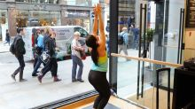 Lululemon Looking For New CEO