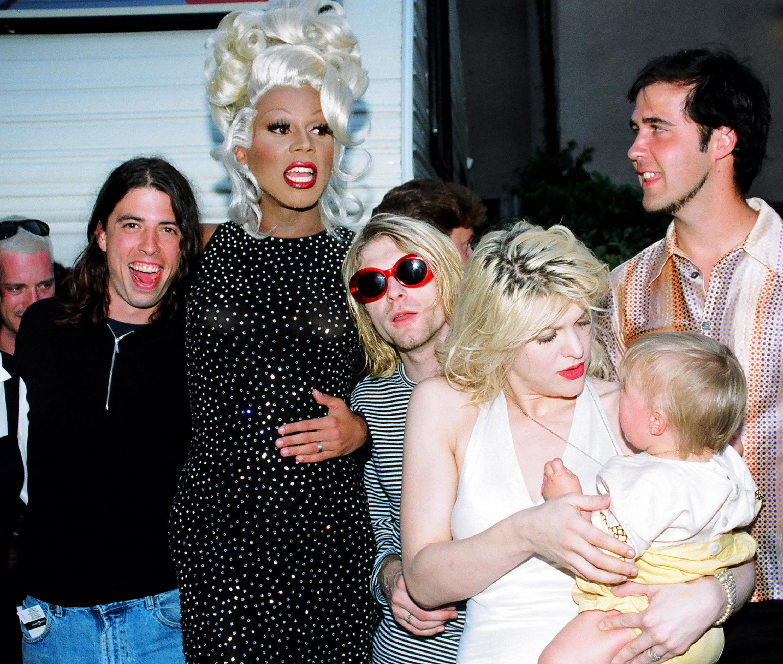 Courtney Love And Kurt Cobain Wedding.Courtney Love Talks Rupaul S Drag Race Appearance