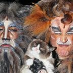 Grumpy Cat Once 'Upstaged' the Cast of   Cats on Broadway and the Photos Are Everything