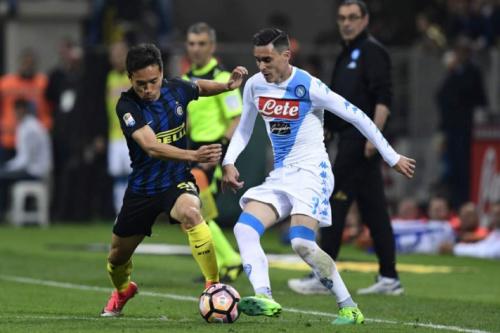 Inter perde para o Napoli e vê sonho da Liga Europa mais distante