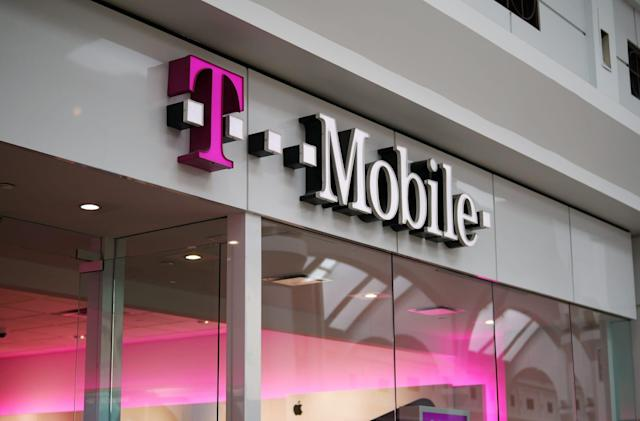 T-Mobile will let you test drive its network for 30 days