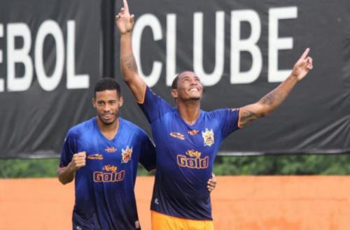 Jogador do Nova Iguaçu assume artilharia isolada do Estadual