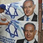 Netanyahu, Gantz spur supporters on eve of tense Israeli polls