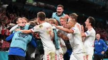 Denmark thump Russia to make last 16 in stunning fashion
