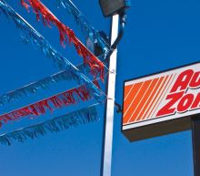 Two AutoZone board members to retire