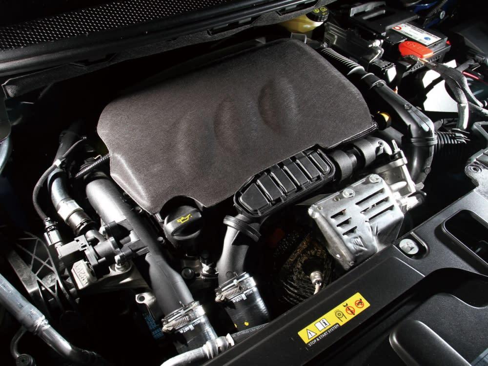 1.2升渦輪增壓引擎,最大馬力為130hp,峰值扭力則為猛爆的23.4kgm。
