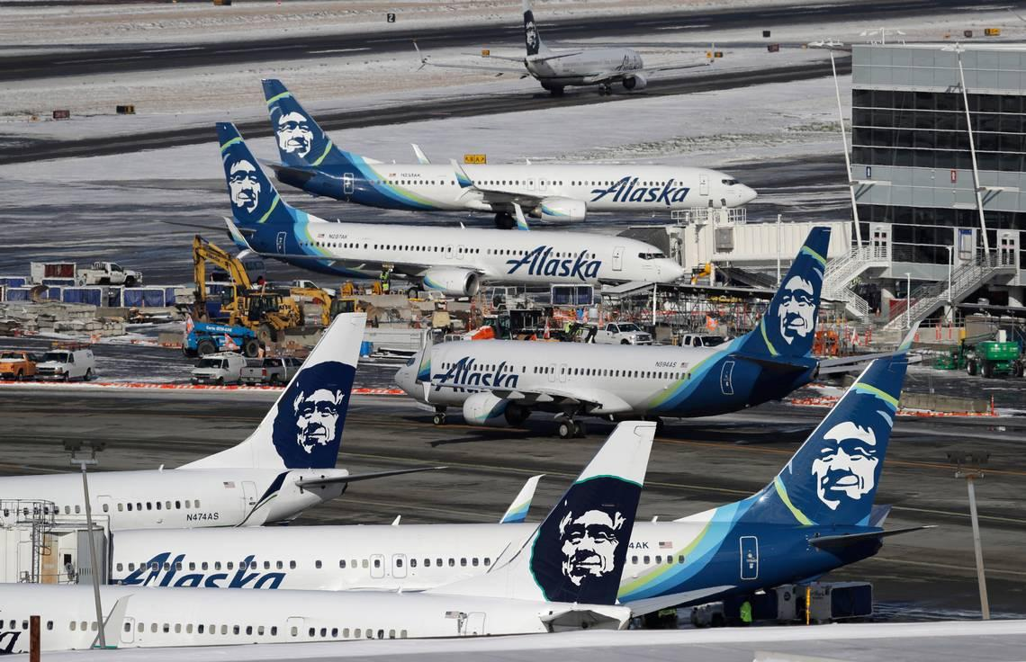Passenger tramples gate attendant at Seattle airport after mask run-in, police say