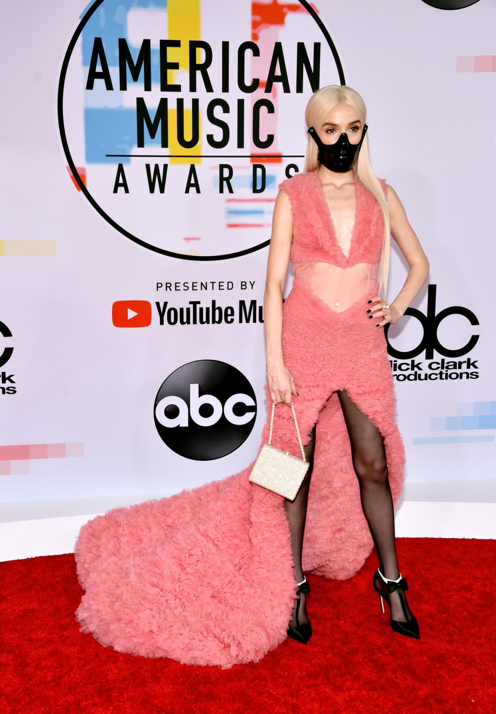 LOS ANGELES, CA - OCTOBER 09: Poppy attends the 2018 American Music Awards at Microsoft Theater on October 9, 2018 in Los Angeles, California. (Photo by John Shearer/Getty Images For dcp)