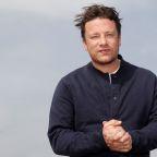 Jamie Oliver shutters most UK restaurants, 1,000 jobs go