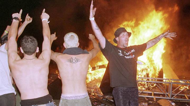 Chili Peppers' ill-timed 'Fire' at Woodstock '99 riots