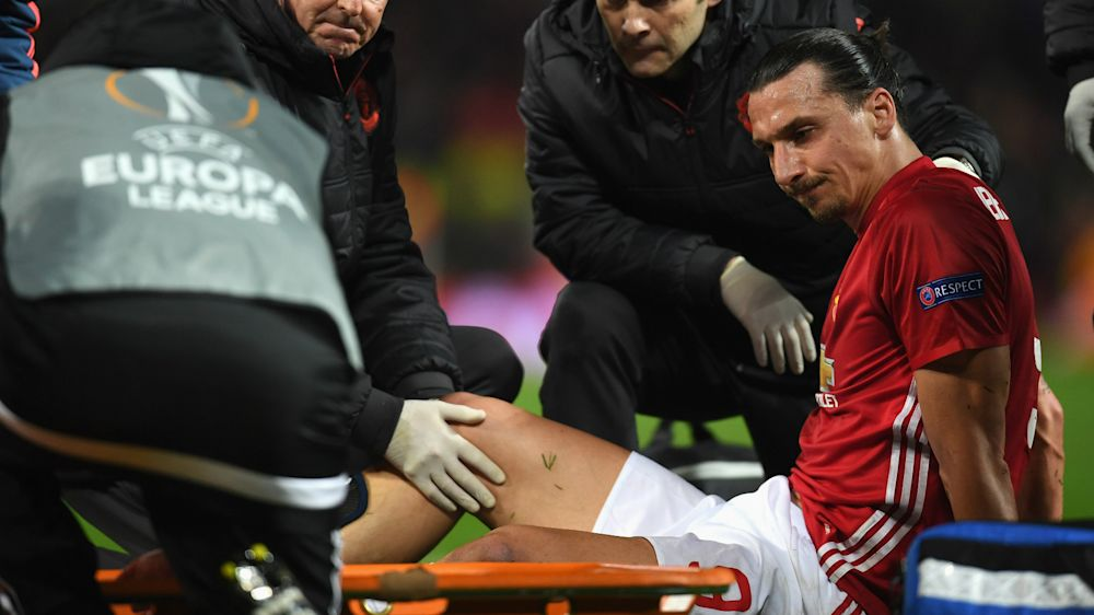 Ibrahimovic, baja por el resto de la temporada con el Manchester United