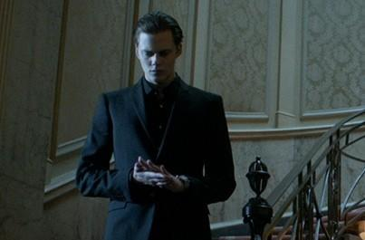 Netflix renews Hemlock Grove for a second season