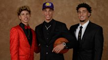 LaVar, Lonzo, LaMelo Ball react to LiAngelo signing with Detroit Pistons