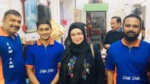 Malaysian singer Siti Nurhaliza casually dines at Singapore's Zam Zam restaurant
