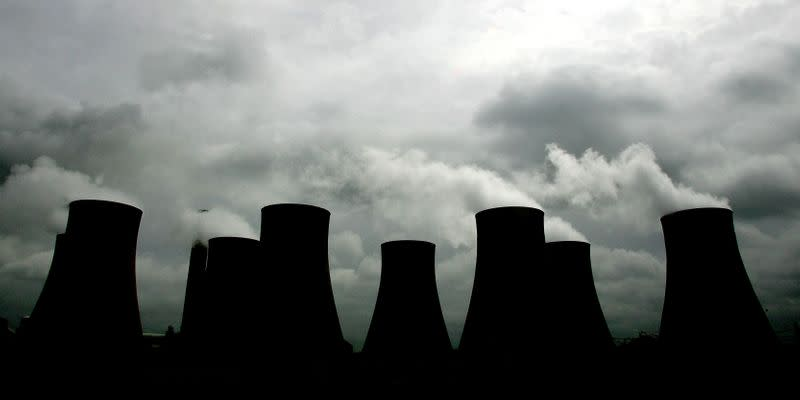 British government to consult on tighter emissions cap