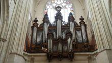 Nantes : l'orgue de la cathédrale, un grand monument baroque, a été ravagé par les flammes