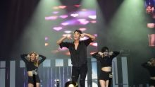 Lee Joon-gi throws concert-like fanmeet in Singapore at Sentosa Golf Club