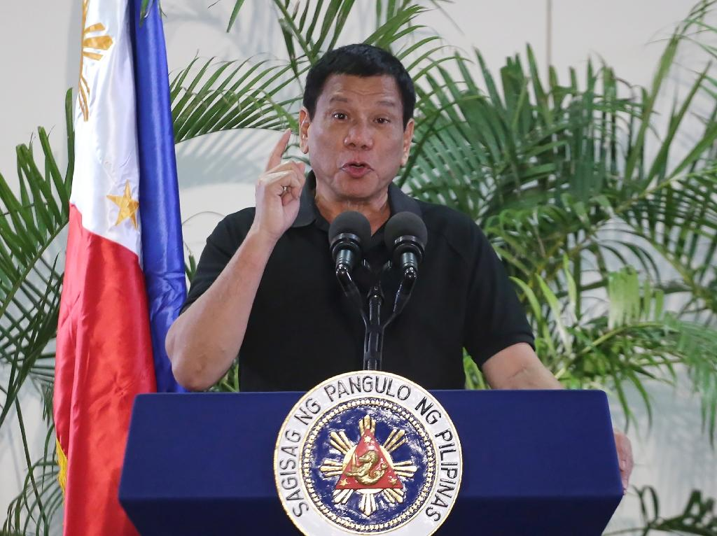 A crackdown on illegal drugs in the Philippines overseen by President Rodrigo Duterte has left more than 3,700 people dead since July (AFP Photo/Manman Dejeto)