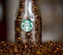 Today's charts: Starbucks drops on downgrade; Fiat Chrysler soars; HP, PVH earnings