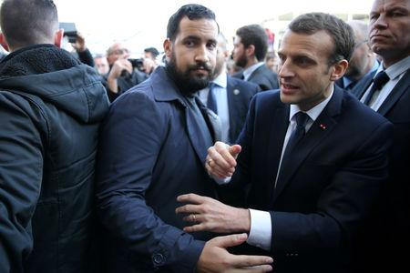 fired bodyguard contradicts french presidency on macron contacts