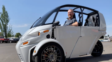 Arcimoto sees EV deliveries this quarter — really