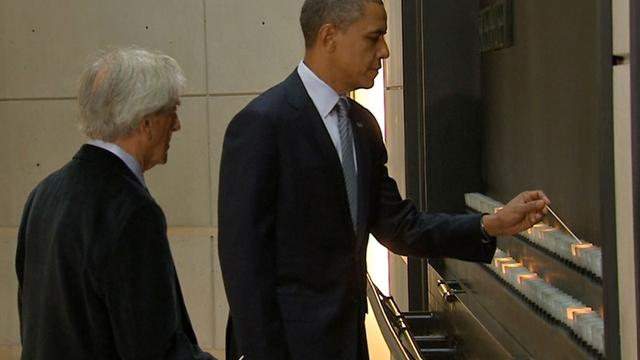 President Obama visits Holocaust Museum
