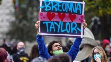 Breonna Taylor: anger after grand jury refuses to charge officers in killing
