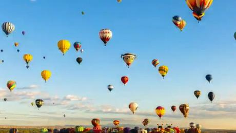 Timelapse Captures Albuquerque Balloon Fiesta