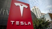 Tesla supera los 900 dólares por acción y pulveriza las expectativas anuales