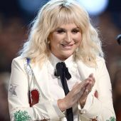 Kesha Blasts Donald Trump as 'Monster' for Body Shaming Ex-Miss Universe