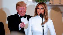 Melania Trump sceglie il bianco, aderente e scintillante, per il Congressional Ball. E lascia senza parole