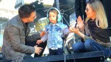 Otto rouba a cena e toca bateria antes de show de Sandy & Junior em Porto Alegre