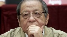 Kit Siang files defamation suit against ex-IGP Hanif Omar