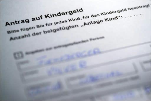 Geburtsurkunde beantragen. Sie können über diese Website für alle deutschen Standesämter Ihre Geburtsurkunde beantragen lassen. Das zuständige Standesamt wird eine Kopie Ihrer Urkunde erstellen und per Post an Sie verschicken.