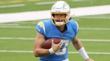 Anthony Lynn doesn't want Justin Herbert running the ball too much