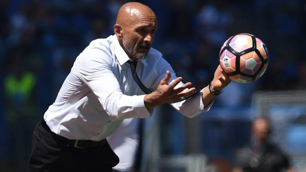 AS Roma, Spalletti ne veut pas retirer le maillot de Totti