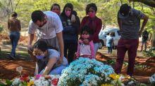 Número de mortos por Covid ultrapassa 101 mil no Brasil e Bolsonaro culpa Globo