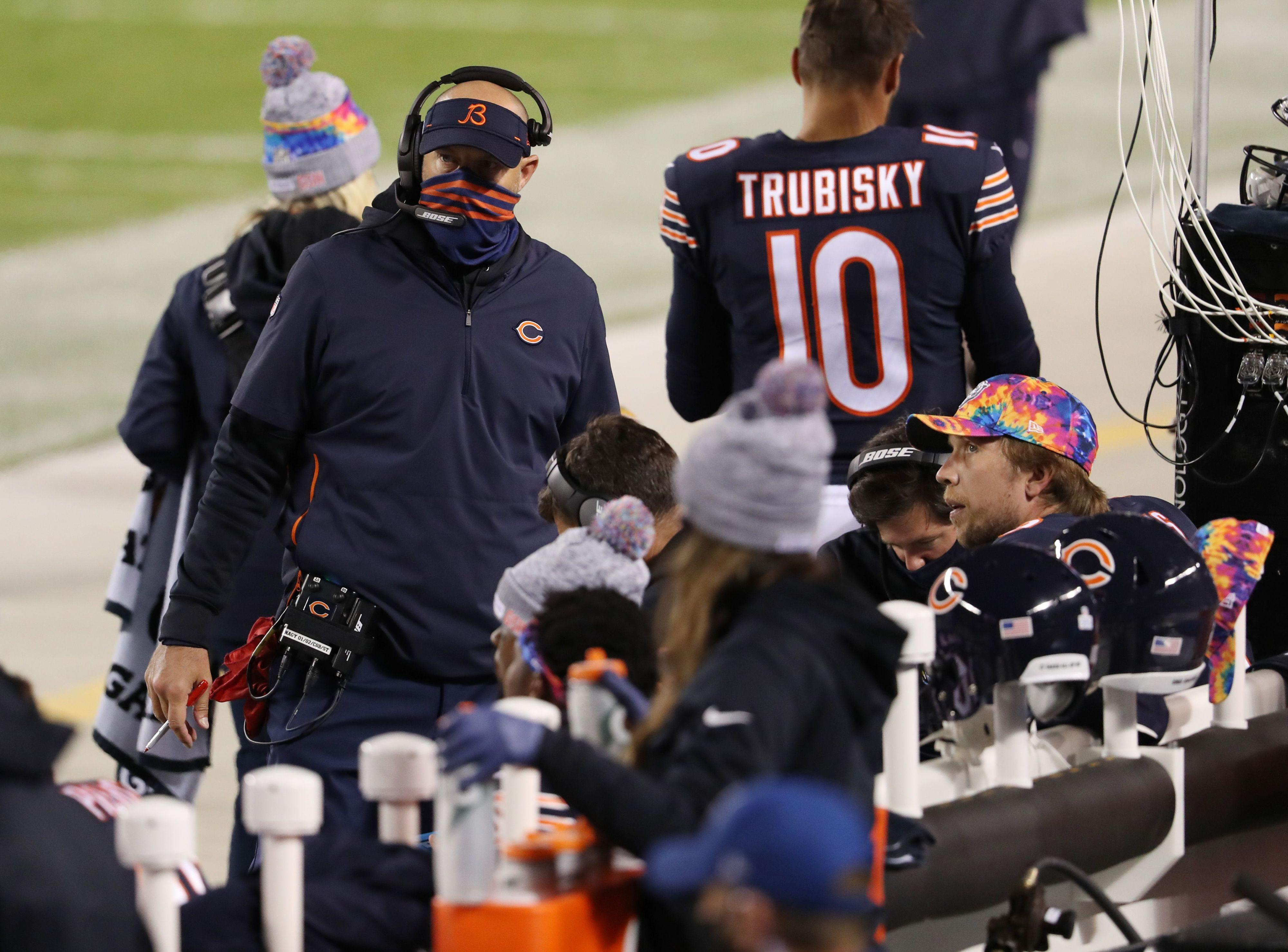 Can the Chicago Bears fix their offensive issues and move to 5-1? The Bear Download podcast breaks it all down.