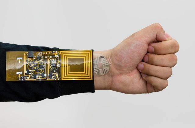 Sticker sensor monitors your body using wireless power