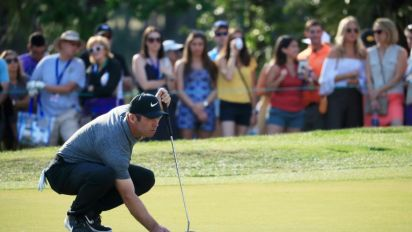 Casey clings to one-shot PGA lead over No. 1 Johnson