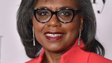 Anita Hill backs Biden, despite his 'mistakes' in handling her testimony during Clarence Thomas hearings