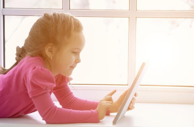 Senators call for FTC investigation into ads in children's apps